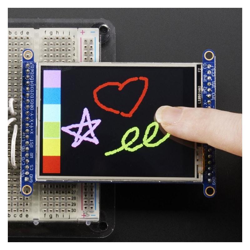 """2,8"""" dotykový TFT LCD s MicroSD slotem"""
