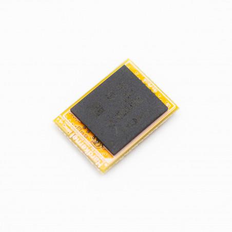 8GB eMMC paměť