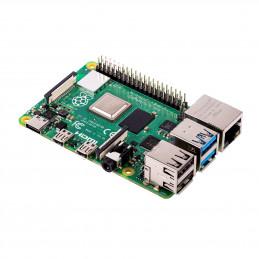 Rozbalené Raspberry Pi 4...